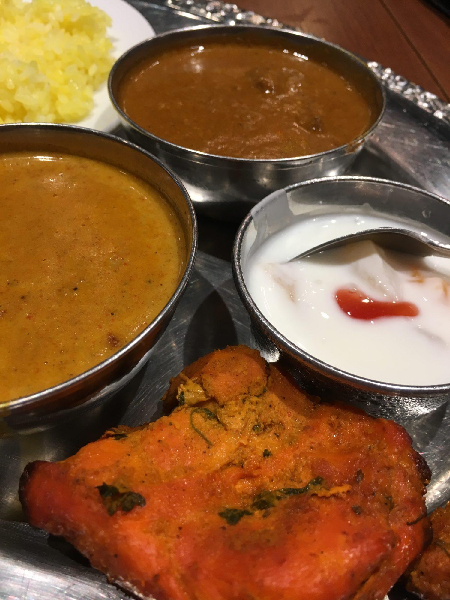 東京でインド料理を食べに行ってシーフードカリーが美味しかった